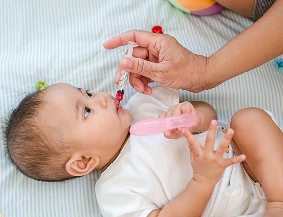 Vaccin_barn_mun_stor_wp